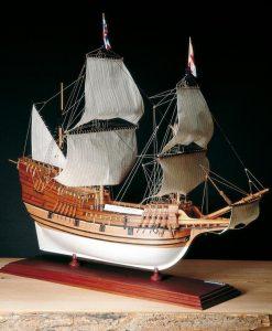MAYFLOWER Amati: kit di montaggio in legno AM 1413