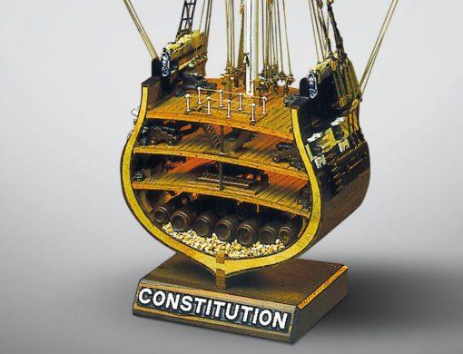 Sezione USS Constitution Mamoli: kit di montaggio in legno MV32